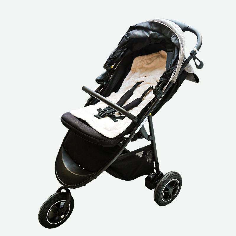 https://lucky-industries.jp/products/heat-cape-baby-stroller-seat/