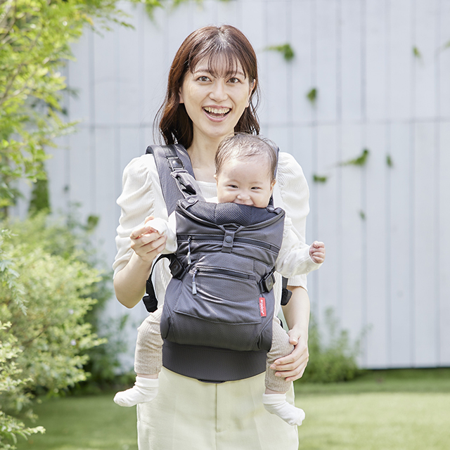 https://lucky-industries.jp/products/angelette-baby-carrier-quattro-air-3-2/